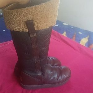 Ugg Locarno Brown taller boots